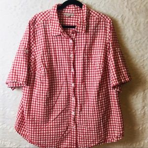 Woman within red/white camp shirt 26/28 B20